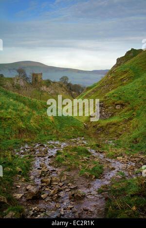 UK,Derbyshire,Peak District,Castleton,Cave Dale and Peveril Castle - Stock Photo