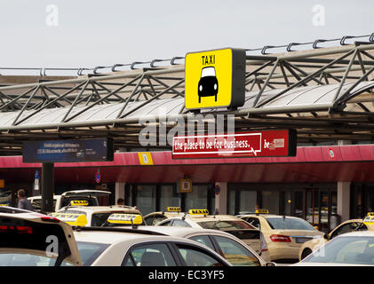 Holding space for taxis at the still existing airport for Berlin tegel rent a car
