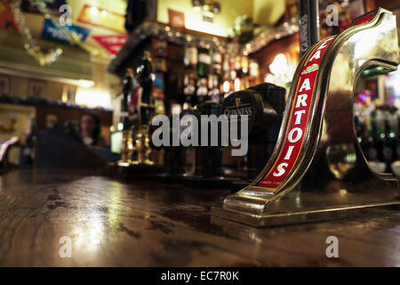 The bar of The Nell of Old Drury pub in Covent Garden, London. - Stock Photo