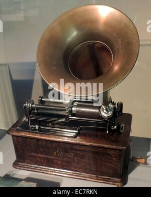 Edison's Phonograph. In 1877 Thomas Edison filed a patent on a machine that could record and play back sound.He - Stock Photo