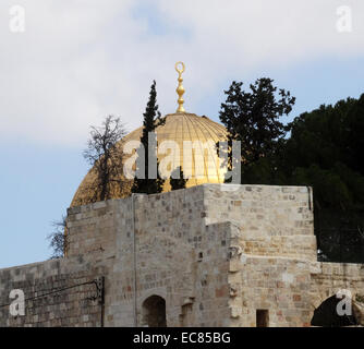 The Dome of the Rock shrine located on the Temple Mount in the Old City of Jerusalem. - Stock Photo