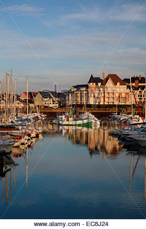 View of port guillaume dives sur mer normandy france - Location dives sur mer port guillaume ...
