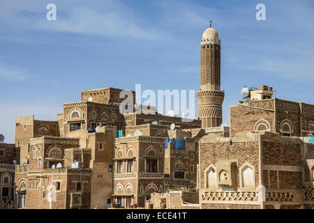 Minaret in the old city of Sana'a, UNESCO World Heritage Site, Sana'a, Yemen - Stock Photo