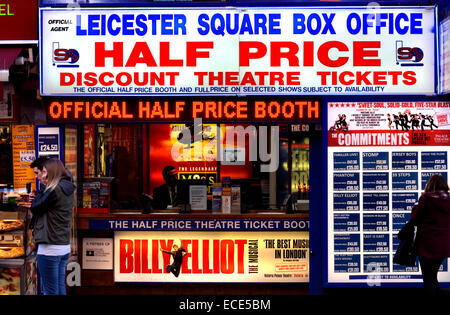 London, England, UK. Half price / discount Theatre Ticket booth in near Leicester Square - Stock Photo
