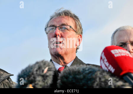 Belfast, Northern Ireland, 12 Dec 2014 - Mike Nesbitt, leader of the Ulster Unionist Party, gives his reaction to - Stock Photo