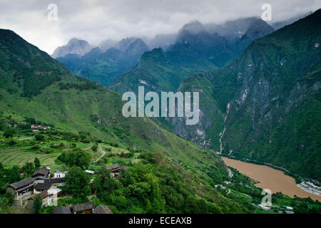 China, Landscape with Tiger Leaping Gorge - Stock Photo