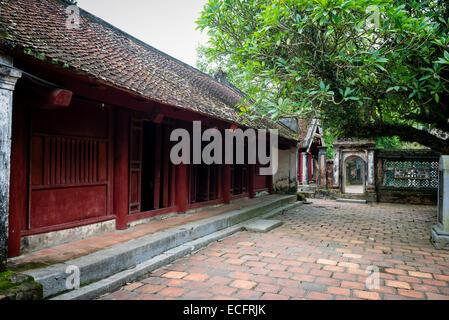 Building exterior at ancient capital city of Hua Lu, Nimh Binh Provence - Stock Photo