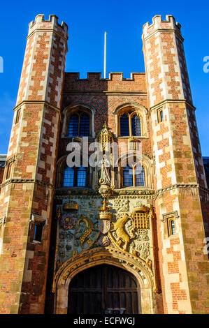 Image of The Great Gate of St John's College, Cambridge - Stock Photo