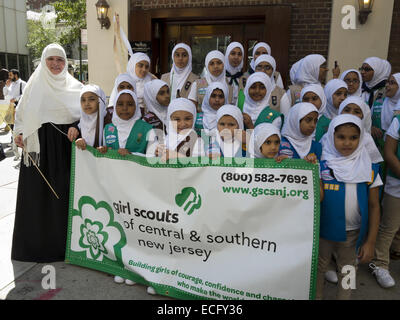 Girl scout troop from central and southern New Jersey prepares to participate in the 29th Annual Muslim American - Stock Photo