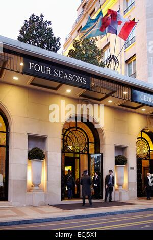 France, Paris, Georges V Avenue, Four Seasons Hotel George V - Stock Photo
