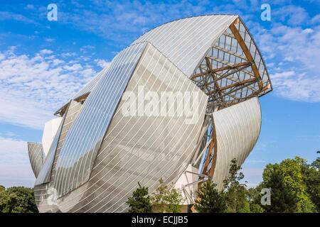 France, Paris, fondation Louis Vuitton by architect Franck Gehry Stock Photo
