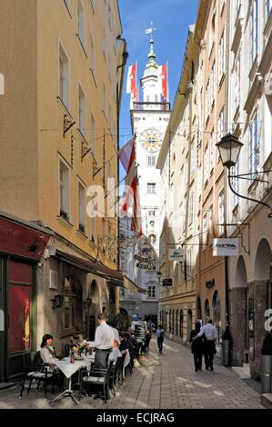 Austria, Salzburg, historic centre listed as World Heritage by UNESCO, a street in the old city with the old town - Stock Photo