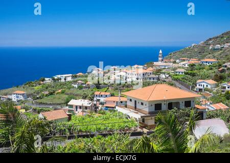 Portugal, Madeira island, south coast, Arco da Calheta - Stock Photo
