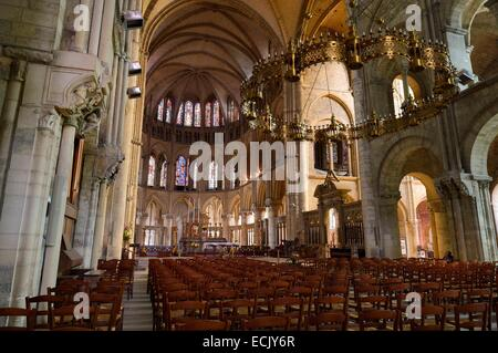 France, Marne, Reims, Saint Remi Basilica listed as World Heritage by UNESCO, the central nave with the crown of - Stock Photo