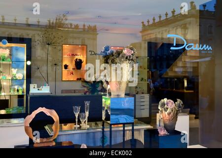 France, Meurthe et Moselle, Nancy, place Stanislas, boutique Daum (cristal lorrain) Stock Photo