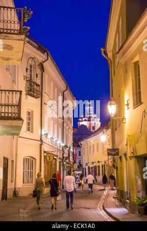 Lithuania (Baltic States), Vilnius, historical center listed as World Heritage by UNESCO, street Stikliu in the - Stock Photo