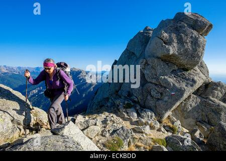 France, Corse du Sud, hiking on the GR 20, between Usciolu refuge and Prati refuge - Stock Photo