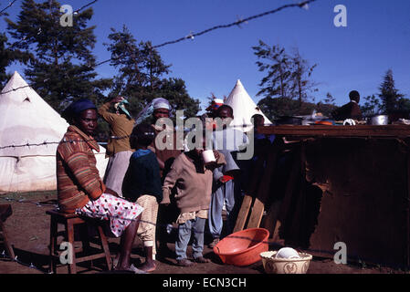 Displaced camp in Eldoret for families opposed to the rule of President Daniel Arap Moi circa 1994 - Stock Photo