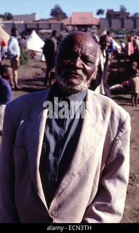 Elderly man in displaced camp in Eldoret Kenya circa 1994 - Stock Photo