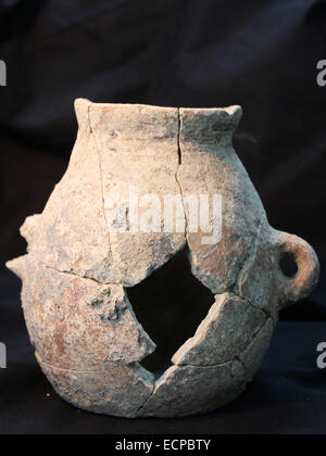 (141217) -- JERUSALEM, Dec. 17, 2014 (Xinhua) -- Handout photo released by Israel's Antiquities Authority on Dec. - Stock Photo