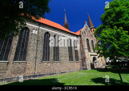 The St. Peter's Cathedral in Schleswig is one of the most important monuments of Schleswig-Holstein. It is a preaching - Stock Photo
