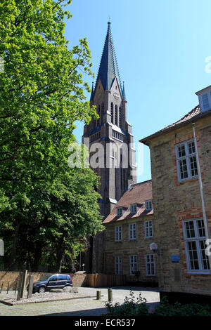 The St. Peter's Cathedral to Schleswig is one of the most important monuments of Schleswig-Holstein. It is a preaching - Stock Photo