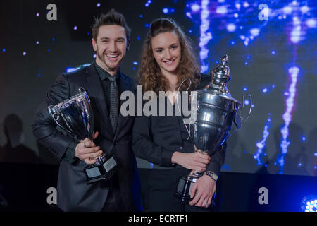 Budapest, Hungary. 18th Dec, 2014. Hungarian Sportswoman of the Year 2014 Katinka Hosszu (R) and her husband and - Stock Photo