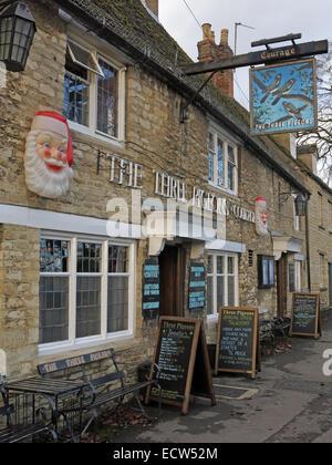 Three Pigeons Pub, Woodgreen, Witney, West Oxfordshire, England, UK - Stock Photo