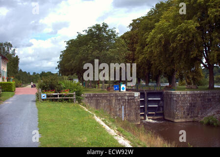 A lock - Ecluse - on the Mayenne River, France - Stock Photo