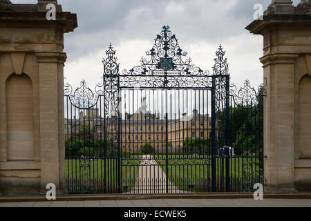 Oxford, UK - August 27, 2014: Oxford College in Oxford, UK. The historic building is part of Oxford University . - Stock Photo