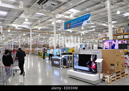 Interior of Costco Wholesale Store, Western International Park, Hayes Rd, Hounslow, Greater London, England, United - Stock Photo