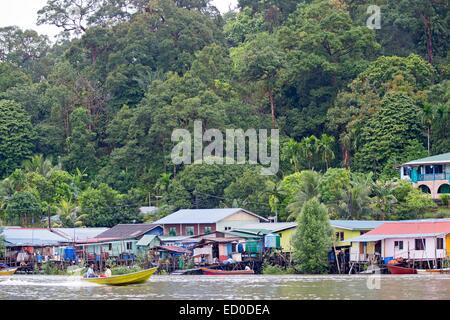 Malaysia, Sarawak state, Kuching, fishermen village on the river Salak - Stock Photo