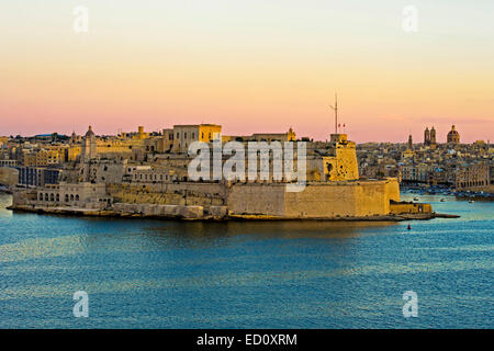 View from Valletta on Fort Saint Angelo in the centre of the Grand Harbour, Vittoriosa, Malta - Stock Photo