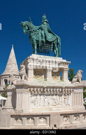 Statue of St. Stephen in front of St Mathias Church, Budapest - Stock Photo