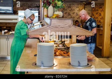 Illinois Arthur Yoder\'s Kitchen Amish restaurant inside woman man ...