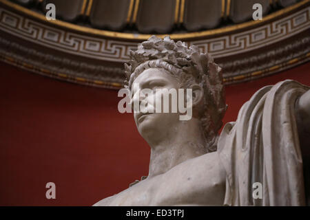 Emperor Claudius (41-54 A.D.), shown as Jupiter, wearing the civil crown of oak leaves. Vatican Museums. - Stock Photo
