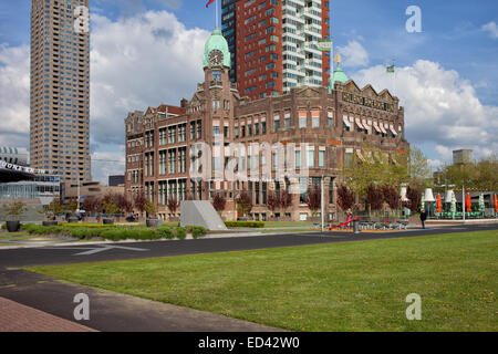 Rotterdam, Holland, Netherlands. Hotel New York in the former head office of the Holland America Line. - Stock Photo