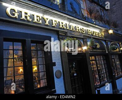 Greyfriars Bobby historic pub at dusk, Edinburgh Old Town, Dog outside, Lothians, Scotland, UK - Stock Photo