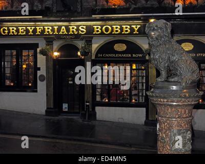 Greyfriars Bobby historic pub at dusk, Edinburgh Old Town, Dog outside, Lothians, Scotland, UK - With Bobby - Stock Photo