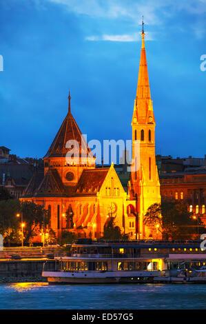 The Inner City Calvinist Church of Budapest at night - Stock Photo
