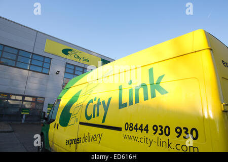 Southwark, London, UK. 29th December, 2014. City Link goes into administration, Scramble as stricken City Link opens - Stock Photo