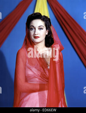 DOROTHY LAMOUR (1914-1996) US film actress about 1942 - Stock Photo
