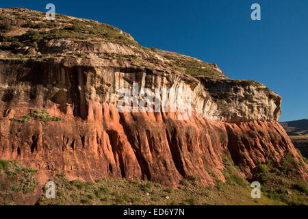 Sandstone cliffs around Brandwag buttress rock formation in the Golden Gate Highlands National Park, Drakensberg - Stock Photo