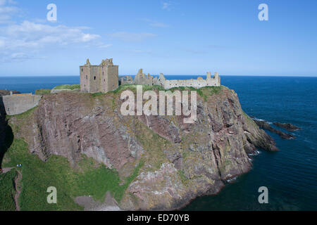 United Kingdom, Scotland, Aberdeenshire, near Stonehaven, ruins of Dunnottar castle - Stock Photo