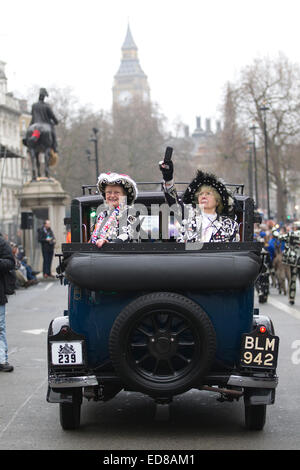 London, UK. 1st January, 2015. London's New Year's Day Parade 2015, London, England, UK London's Pearly Kings and - Stock Photo