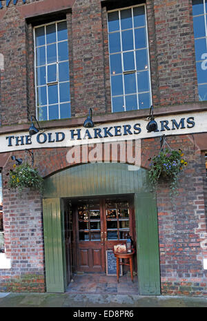 The Old Harkers Arms Canalside, Chester City, England, UK - Stock Photo