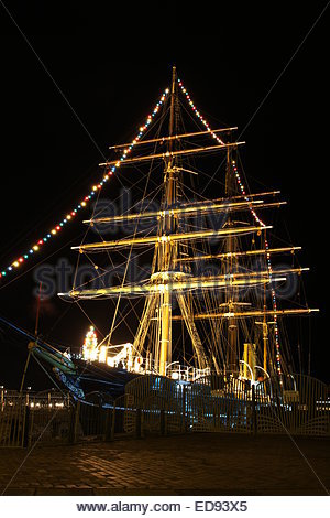 RRS Discovery at night Discovery Point Dundee Scotland  December 2014 - Stock Photo