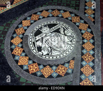 Tiles on floor at Lichfield cathedral, Staffordshire, England UK WS13 7LD leading to the high altar - Stock Photo