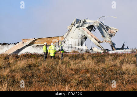 Fintona, Northern Ireland.  3 Jan 2015 - An 80m wind turbine disintegrated and collapsed after developing a fault. - Stock Photo