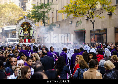 Señor de los Milagros procession on the streets of Manhattan a mass in Saint Patrick cathedral - Stock Photo